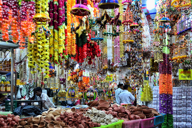 Rực rỡ lễ hội Deepavali