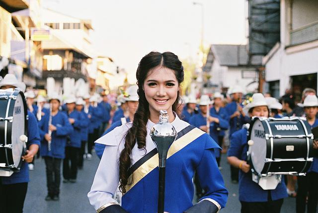 Say mê sắc màu lễ hội hoa Chiang Mai